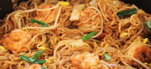 Po l e de nouilles chinoises et crevettes curry et coco recettes cookeo - Cuisiner des pates chinoises ...